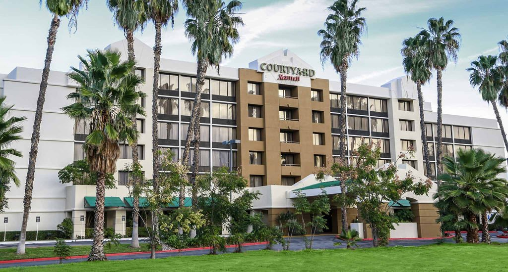 Courtyard Marriott To Replace Left Side