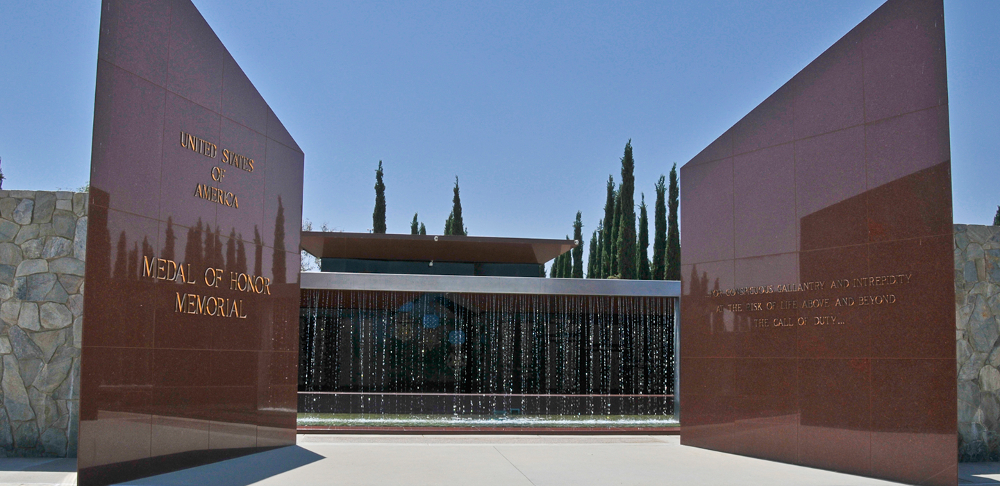 RIVERSIDE NATIONAL CEMETERY