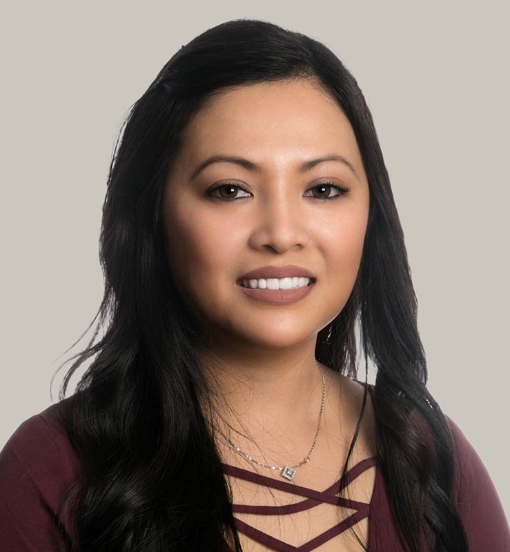 Phuong Le, Administrative Assistant